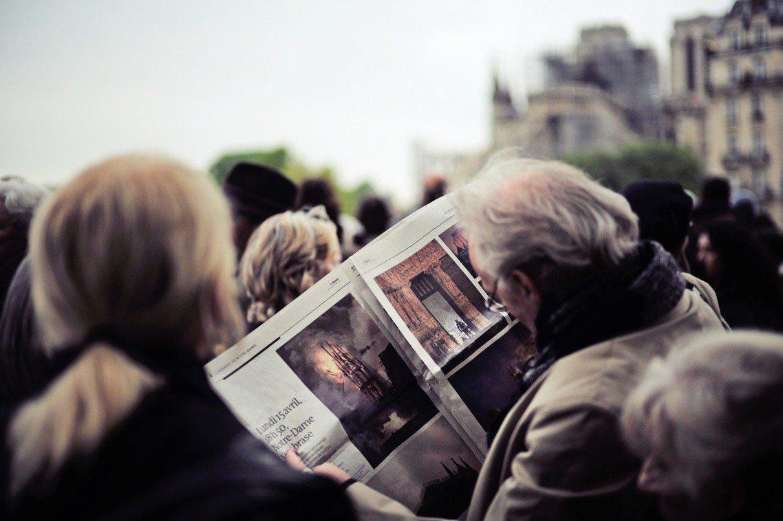 儘管市民與國際社會對於「恢復古蹟」有所期待,但法國圈內的專業意見,大多認為「增添...