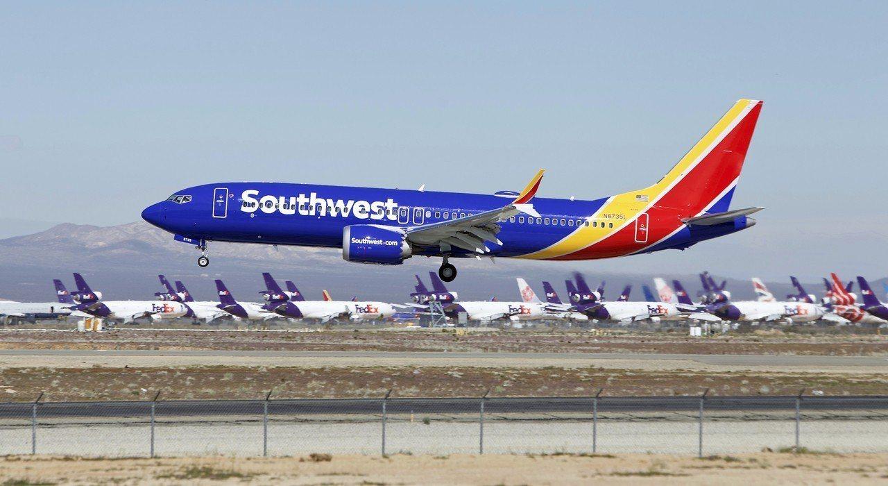 美國聯邦航空管理局安全小組16日確認波音737 Max機型軟體升級已「適合操作」...
