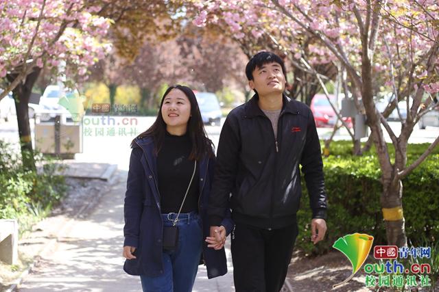 張峰(右)與郭芮。圖/中國青年網