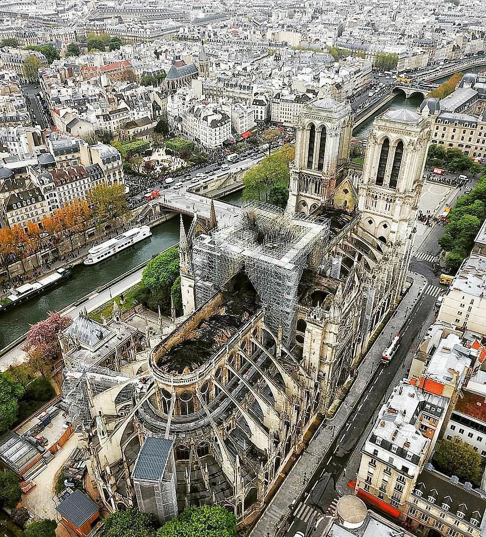 法國世界遺產巴黎聖母院(Notre-Dame de Paris)慘遭祝融肆虐,大...