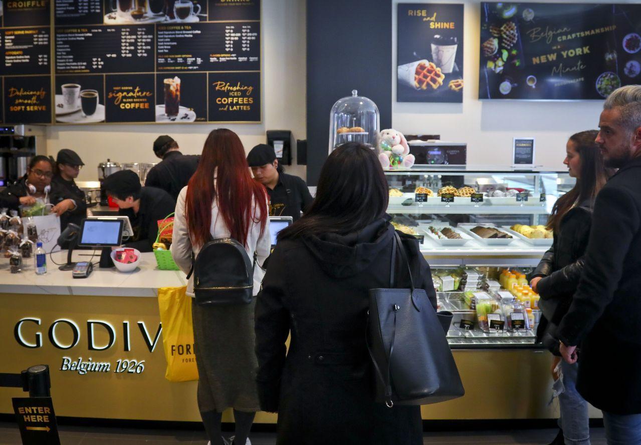 Godiva在曼哈頓開設的第一家咖啡店門市。美聯社