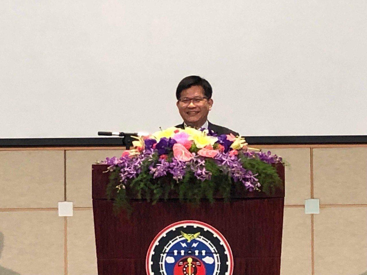 交通部長林佳龍。圖/高公局提供