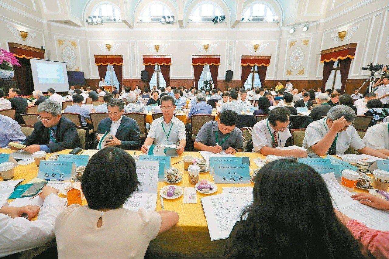 總統府司改國是會議將屆兩周年,總統允諾增加檢察人力,可望逐步實踐。圖/總統府提供