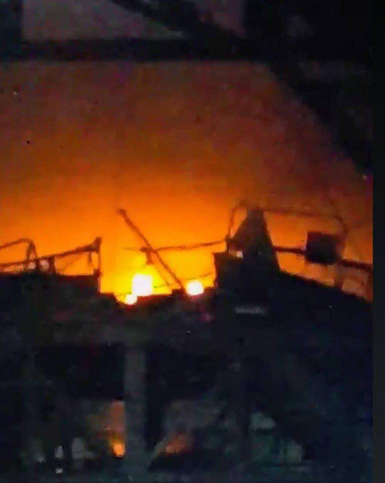宜蘭縣議員松王淑珍今晚傳出一則影片,指谷風隧道裡火警,質疑是工安氣爆,有人受傷,...