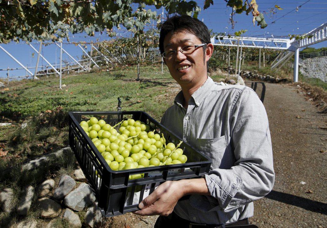 美日已就日本農產品關稅調降達成大致的協議。     路透