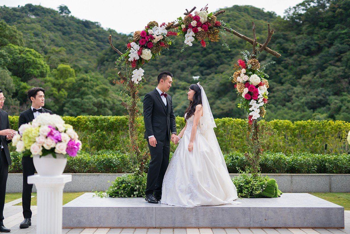 北投亞太戶外婚禮庭園證婚儀式。