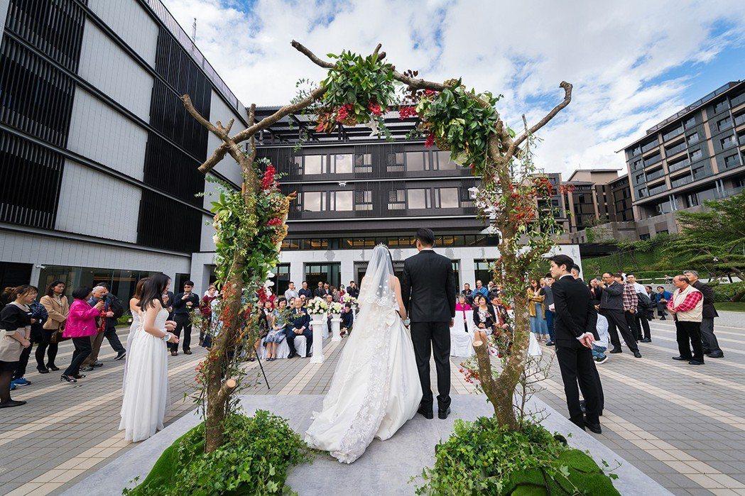 北投亞太戶外證婚庭園婚禮。