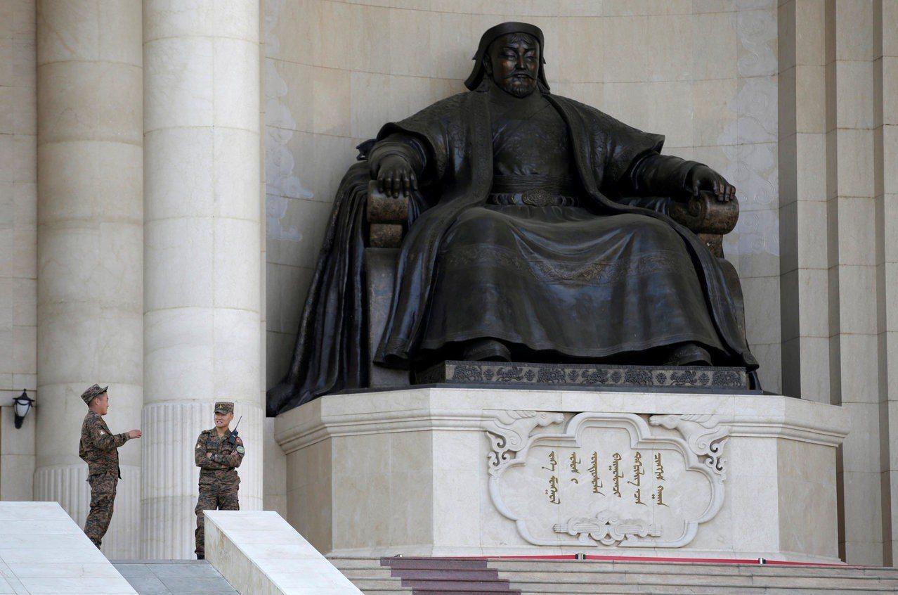 成吉思汗雕像。 路透