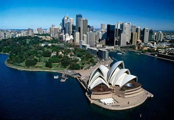 澳洲旅遊學團21天的課外活動涵蓋雪梨最受歡迎的景點及活動,並將澳洲生態旅遊納入旅...