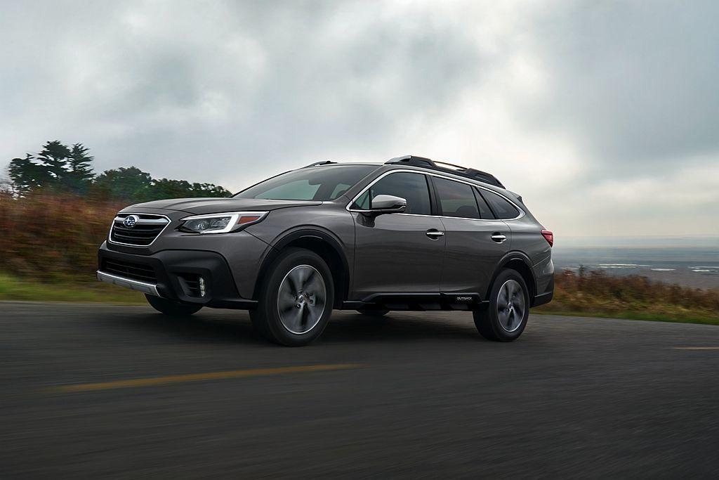 美規全新第六代Subaru Outback,提供2.5L(馬力182hp、峰值扭...