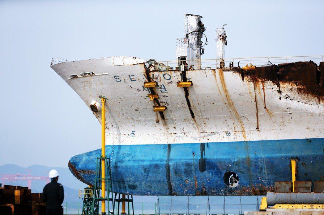 造成304人喪生的「世越號船難」屆滿5週年,釐清真相的盼望似乎隨著時間經過,漸趨...
