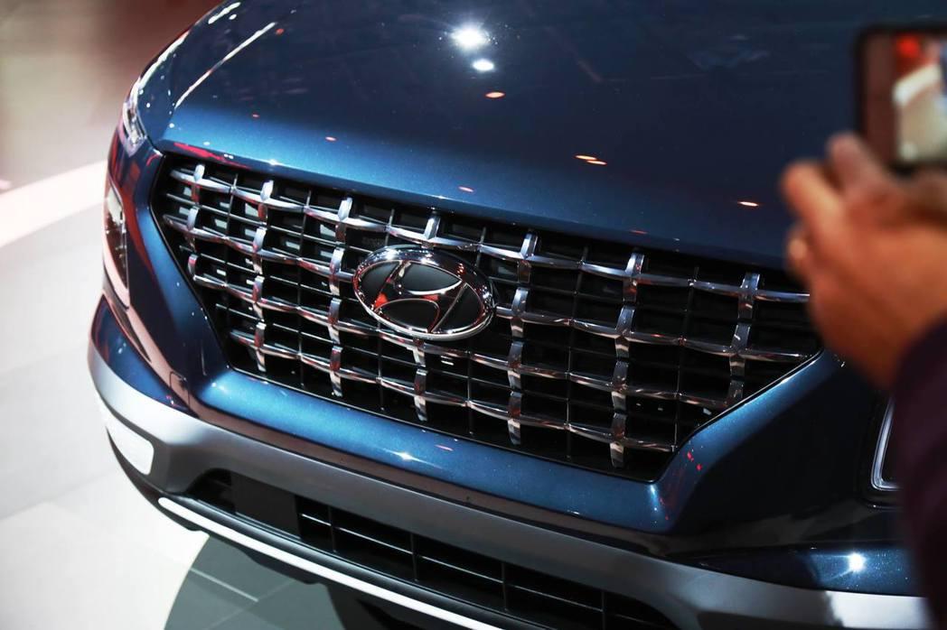 全新Hyundai Venue使用了十字型水箱護罩格柵。 摘自Hyundai