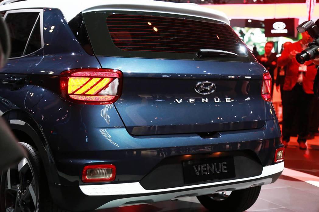 全新Hyundai Venue採用方形尾燈設計。 摘自Hyundai