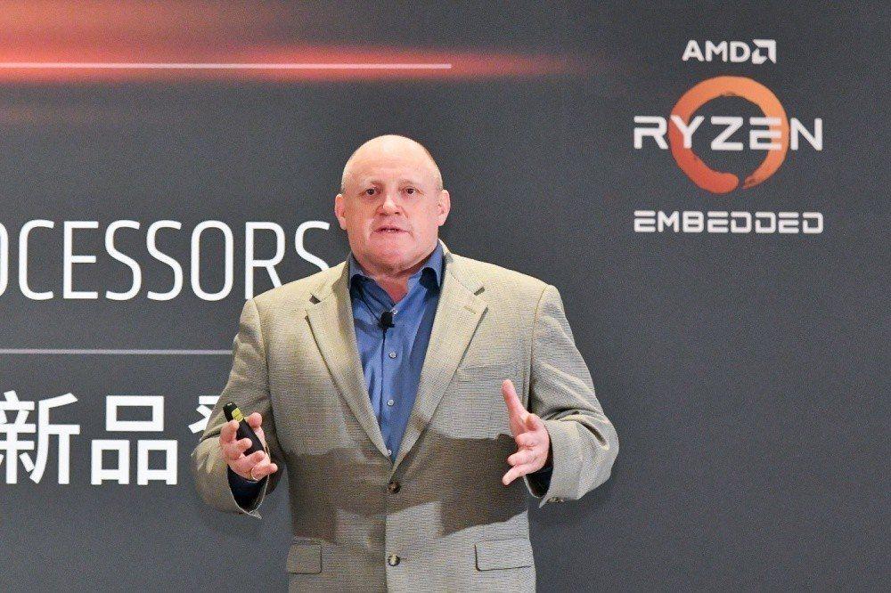 AMD嵌入式解決方案事業群產品管理與業務發展總監Stephen Turnbull