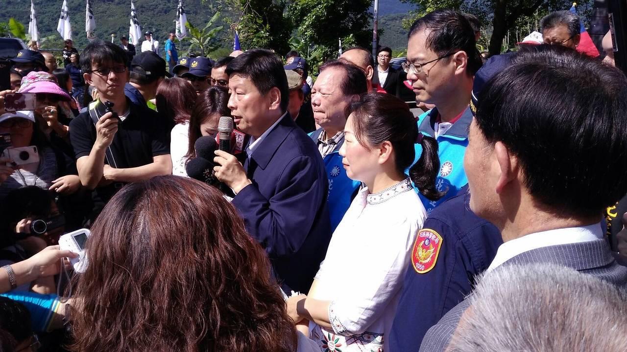 花蓮前縣長傅崐萁今出獄,發表談話。記者余衡/攝影