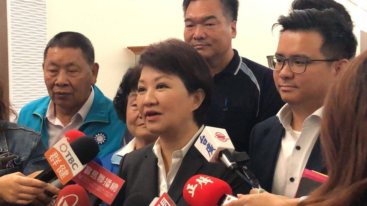 台中市長盧秀燕表示,國民黨總統參選人高潮迭起,屢出奇兵,一咖比一咖更大咖。記者陳...