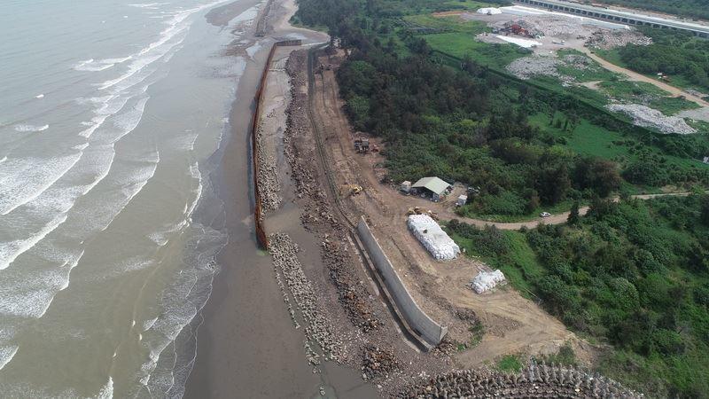 新竹縣環保局說,現場尚有9564公噸集塵灰尚須第二期工程核定後儘速辦理清除。圖/...