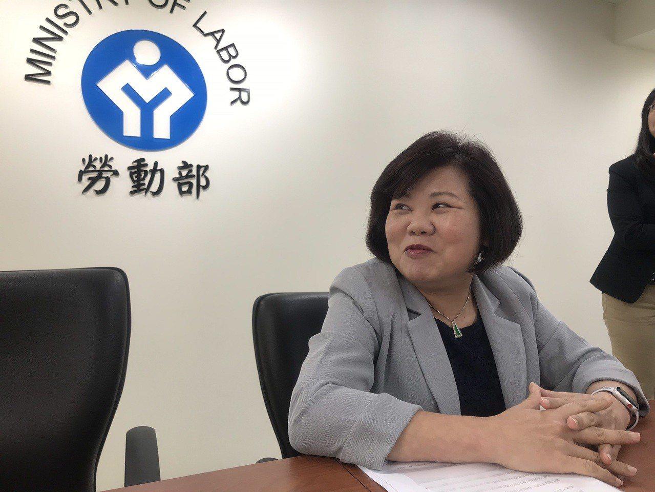 勞動部長許銘春今(22)日坦言表示,尤於勞資雙方還存有重大歧見,短期內要訂定勞資...