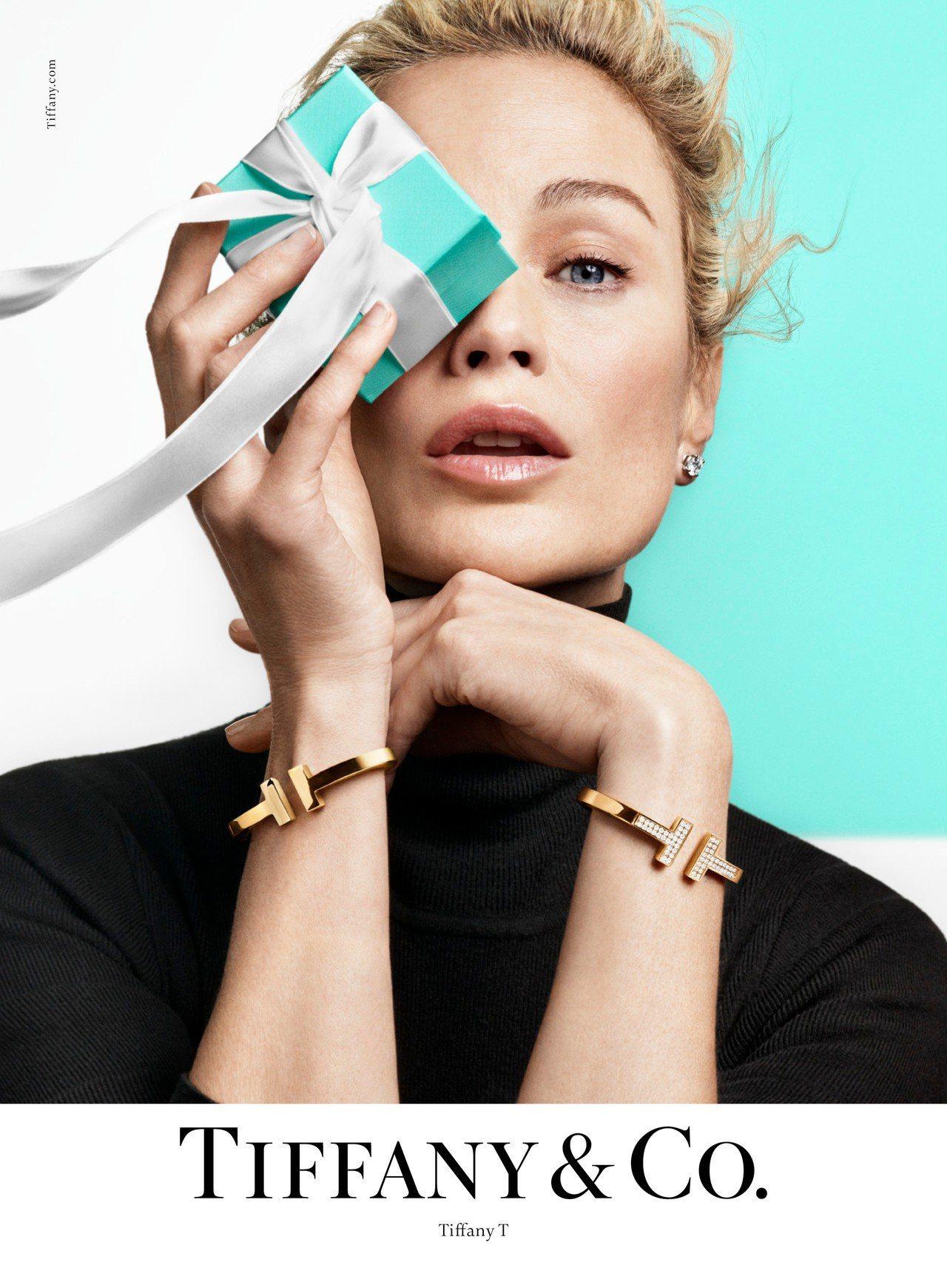 超模Carolyn Murphy演繹Tiffany & Co.春季形象大片。圖/...