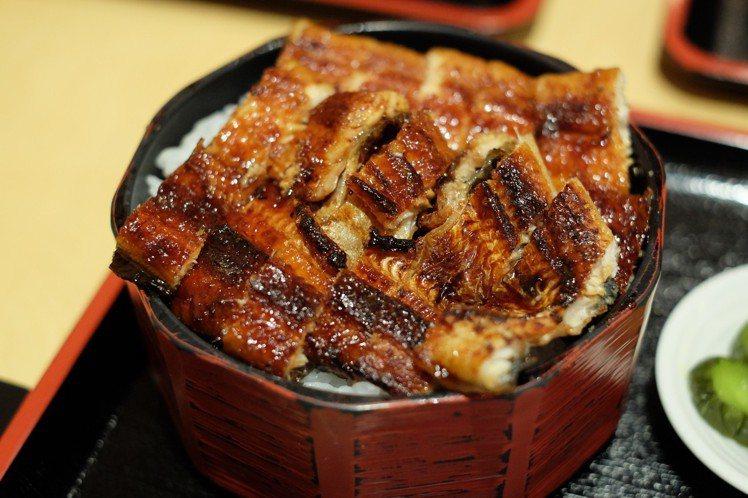 日本名古屋必嘗的就是有鎮市之寶之稱的鰻魚飯三吃。圖片來源/eggry-2014 ...
