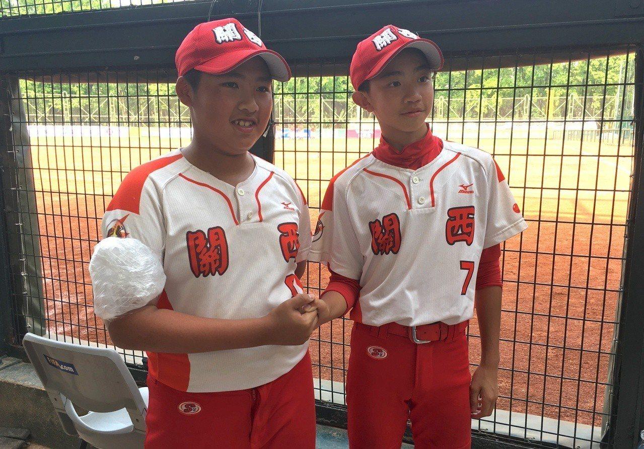 范茗舜(左)、張睿桓(右)今天都有全壘打演出。記者葉姵妤/攝影