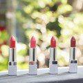 大紅色唇膏也能「絕對顯白」 夏天必搶RMK缺貨唇膏,霧面、光澤搭配用