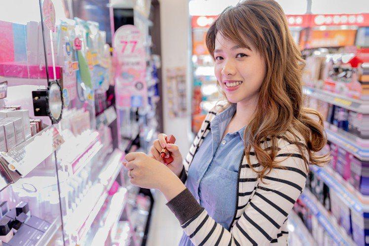 康是美今年再度舉辦「beauty口紅季」,即日起至5月14日指定5大品牌唇彩推出...