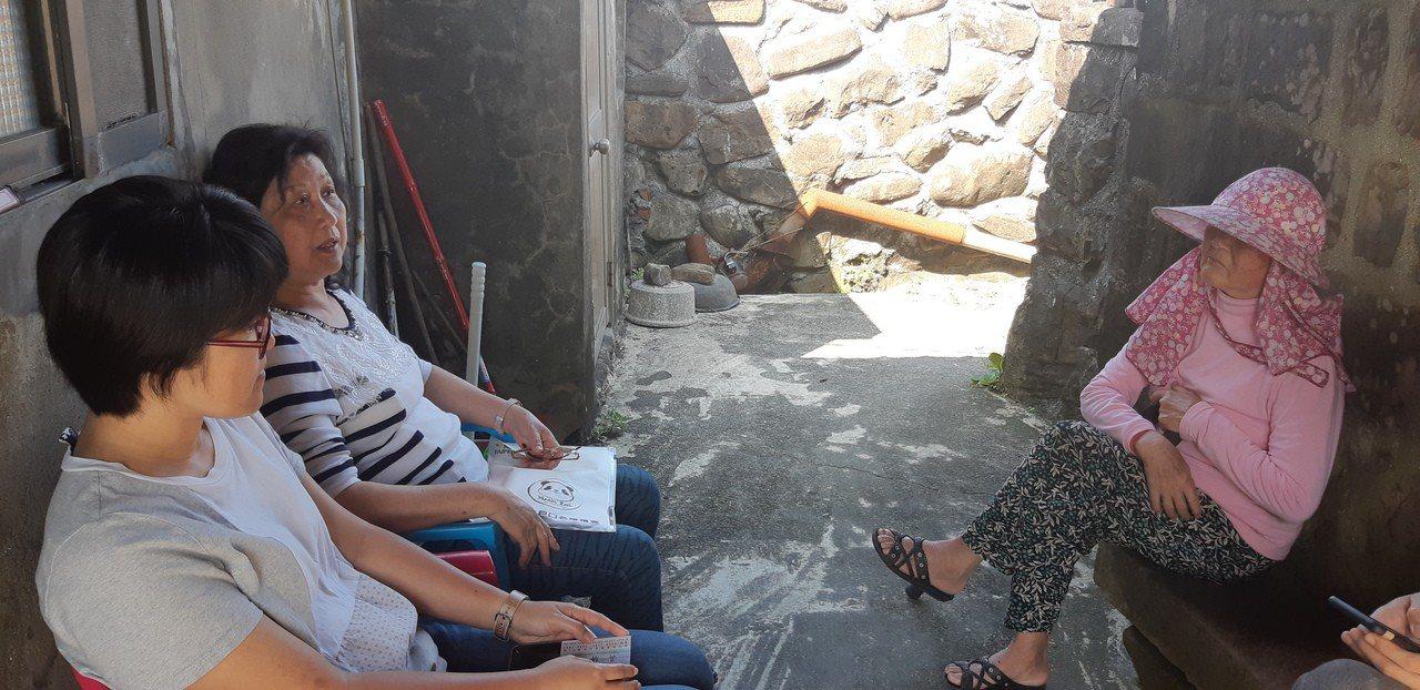 馬崗村陷入地權爭議,百年石頭屋恐面臨拆遷。記者賴郁薇/攝影