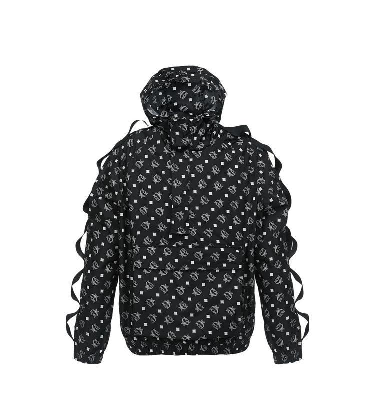 MCM尼龍套頭logo印花上衣,價格店洽。圖/MCM提供