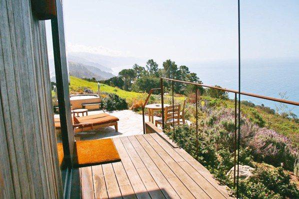 依山看海、獲「加州最佳旅店」的Post Ranch Inn就位於加州「一號公路」...