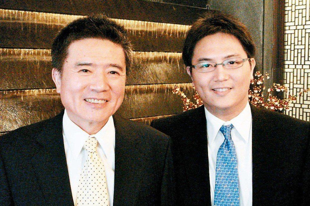 豐興董事長林明儒(左)與長子林大鈞。 (本報系資料庫)