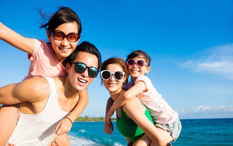 ▲房貸搬家省息有利,輕鬆實現帶家人出國旅行的夢想。圖片來源/iStock