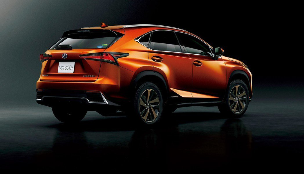 新年式日規Lexus NX另外標配了ACA主動轉彎輔助功能。 摘自Lexus