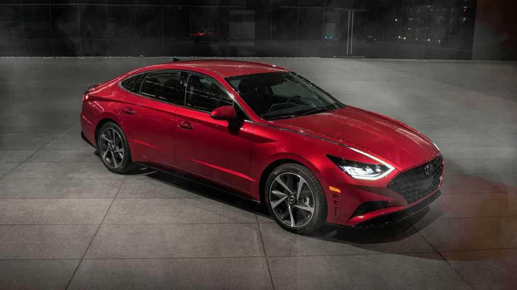 新世代美規Hyundai Sonata提供1.6升T-GDi與2.5升GDi兩種...
