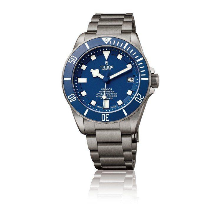 TUDOR PELAGOS潛水腕表,13萬2,500元。圖/帝舵表提供