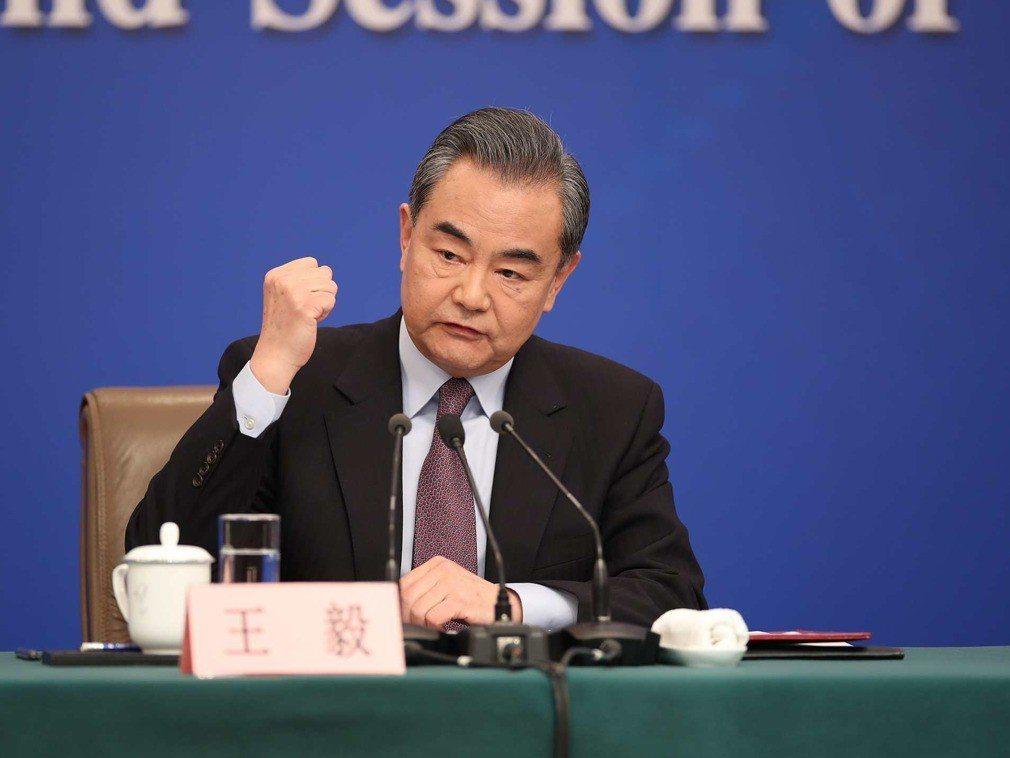 大陸國務委員兼外交部長王毅。(新華社)