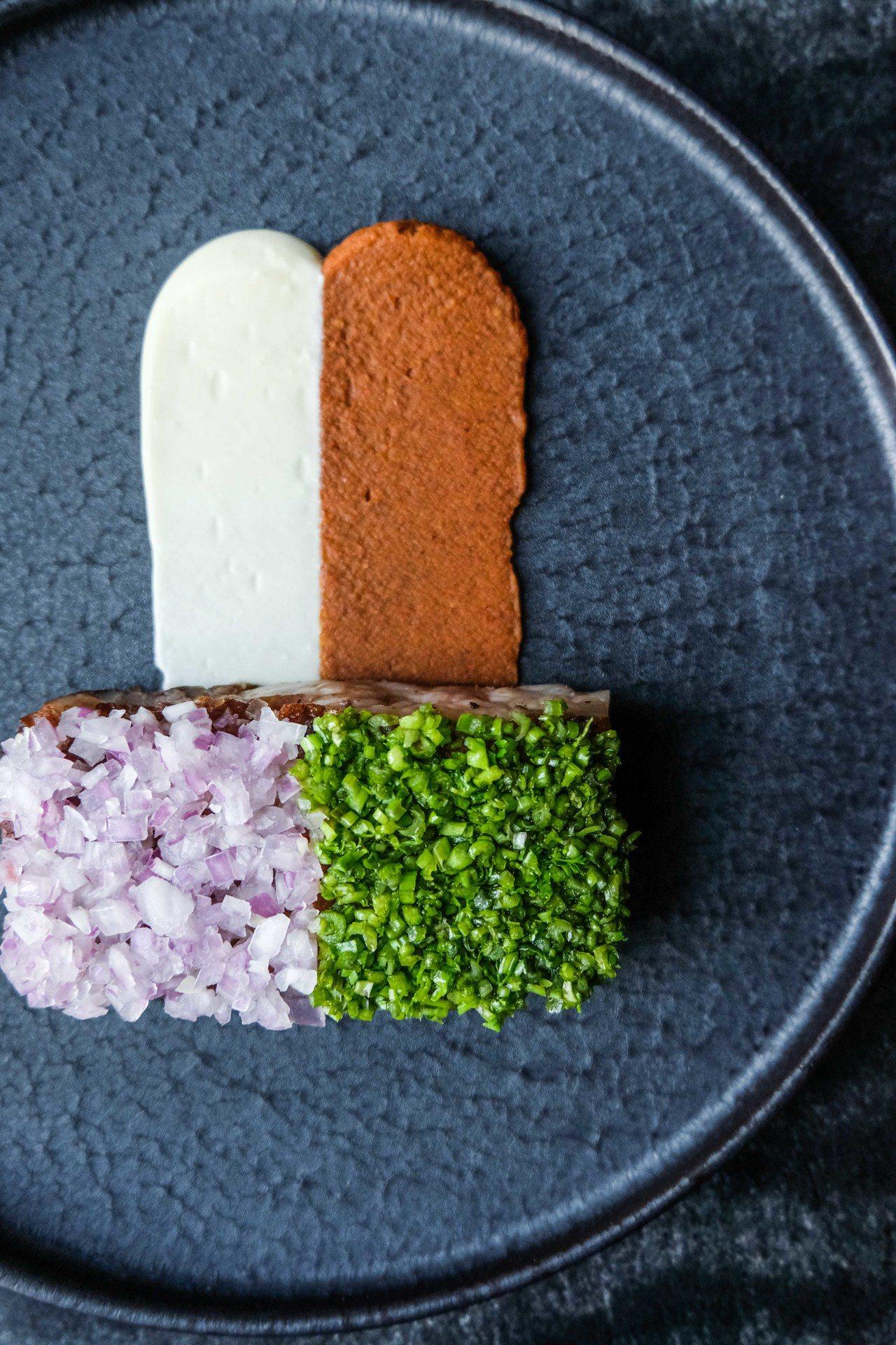 Chef Nik 客座主廚菜單-美國頂級紐約客牛排,傳統墨西哥辣豆醬,巧達起司。...