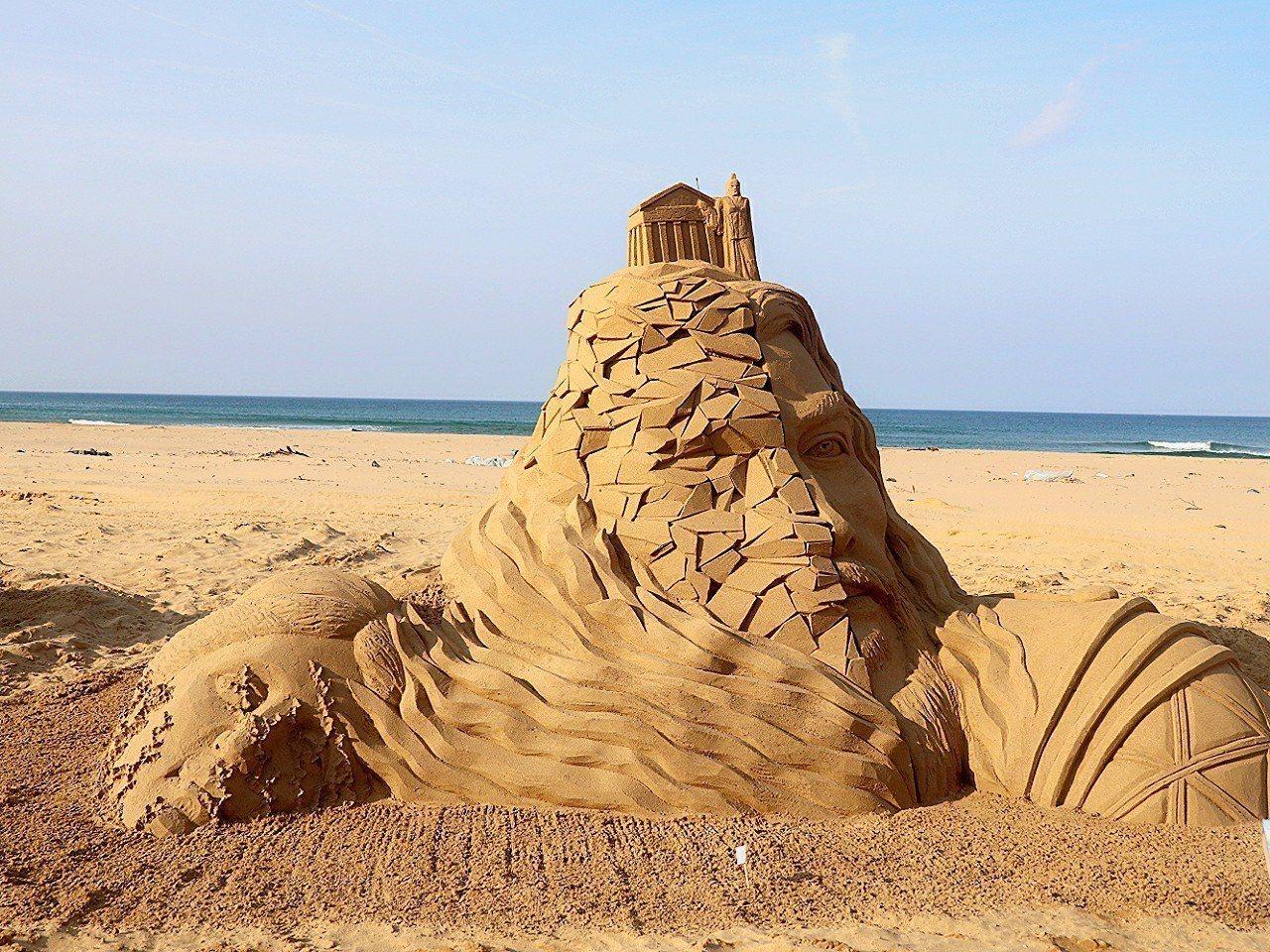 國際沙雕賽第一名,由來自中國的劉洋作品「涅槃」奪冠。圖/東北角管理處提供
