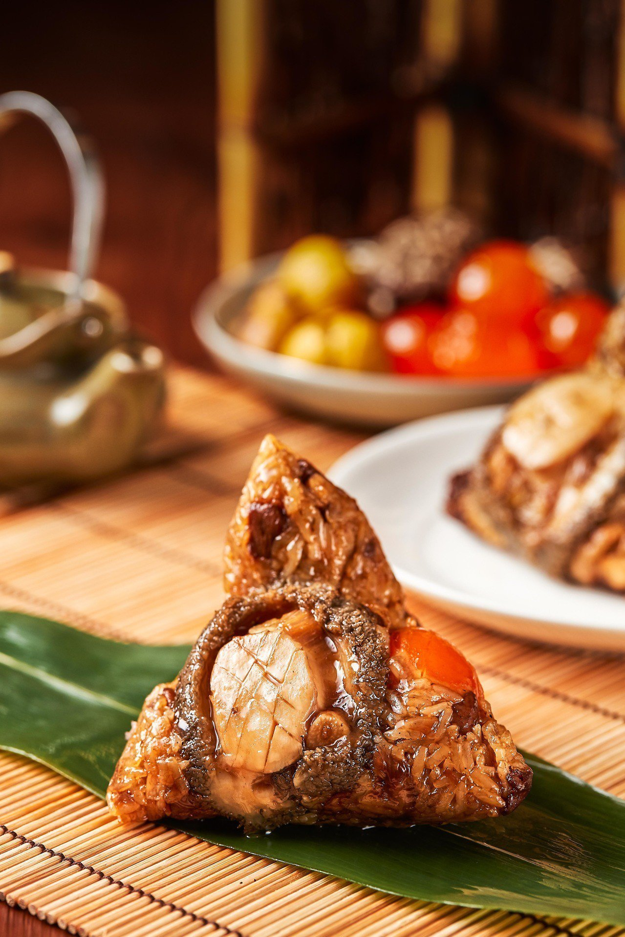 台北西華飯店2019端午粽禮「牛肝蕈鮑魚粽」。西華飯店/提供