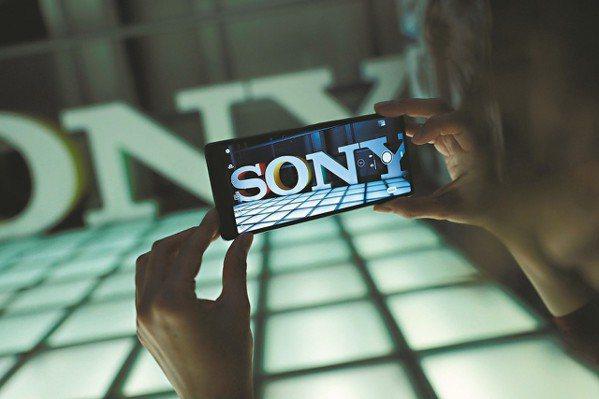 日本品牌的智慧手機在全球市場幾乎已銷聲匿跡,現在連Sony都決定將大幅縮小全球手...