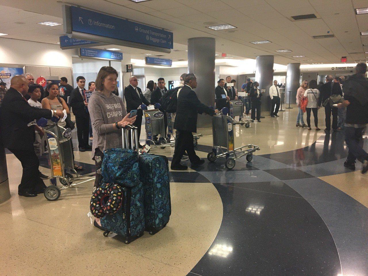 十年旅遊簽證被濫用成為赴美拒簽增加主因。記者張宏/攝影