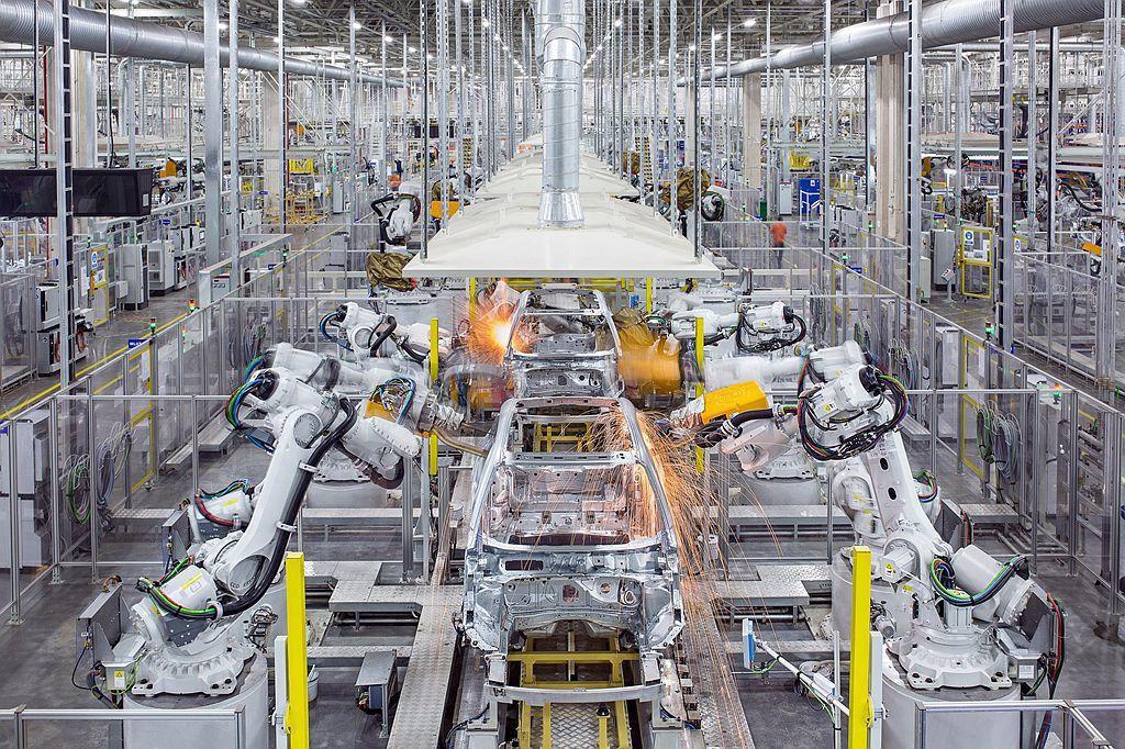 2017年就已經開始興建浙江路橋廠房,也是中國首座生產CMA模組化底盤平台的生產...
