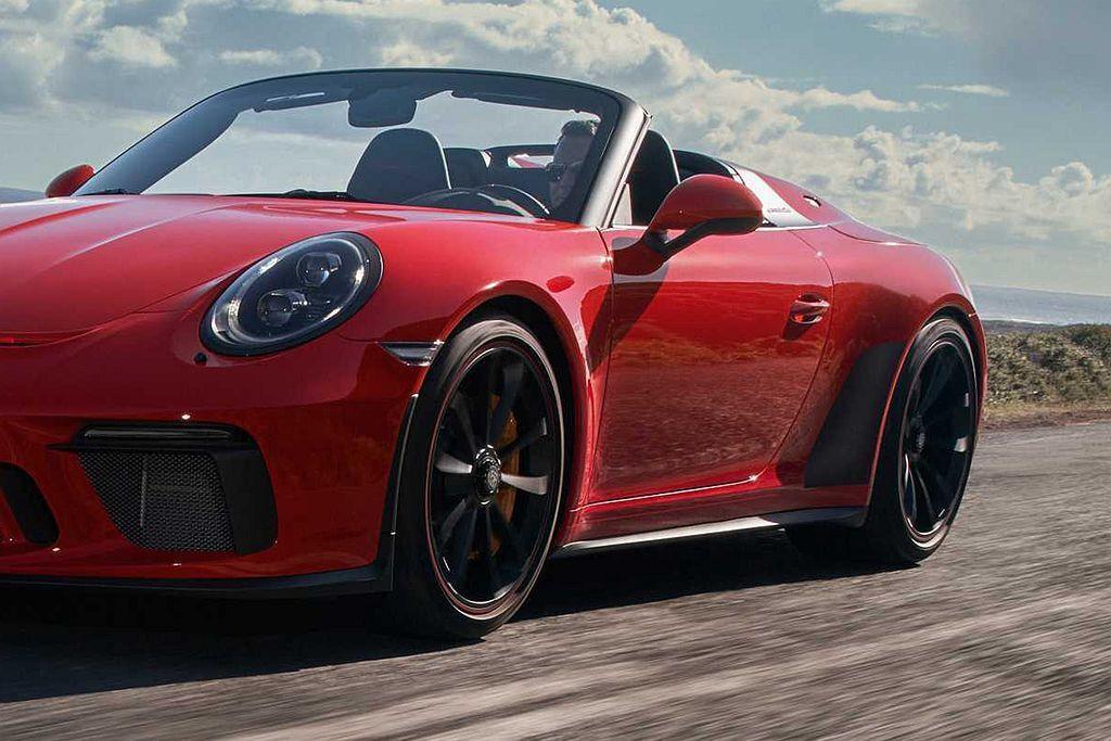 保時捷911 Speedster標配PCCB保時捷陶瓷碳纖維煞車系統、鍛造黑色2...