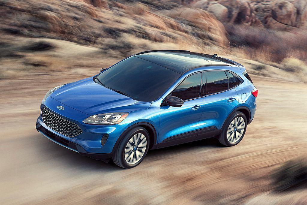 全新Ford Escape休旅最大特點就是一次具備汽油渦輪、Hybrid複合動力...