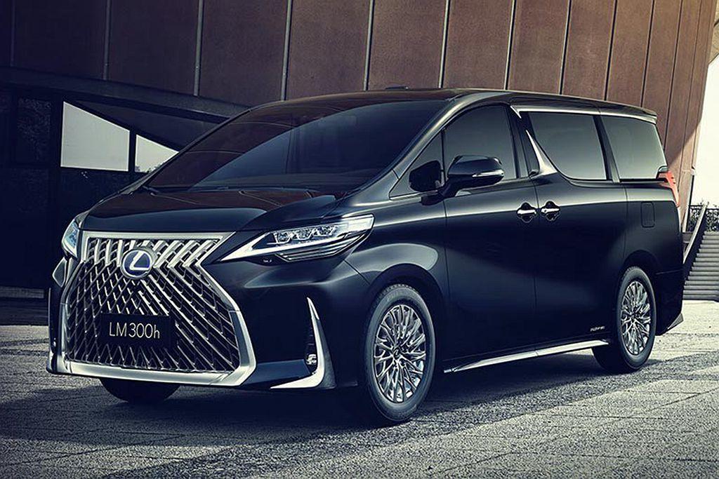 尚未發表前就引發各界關注的Lexus LM新車系,最快有望在今年底的台北國際新車...