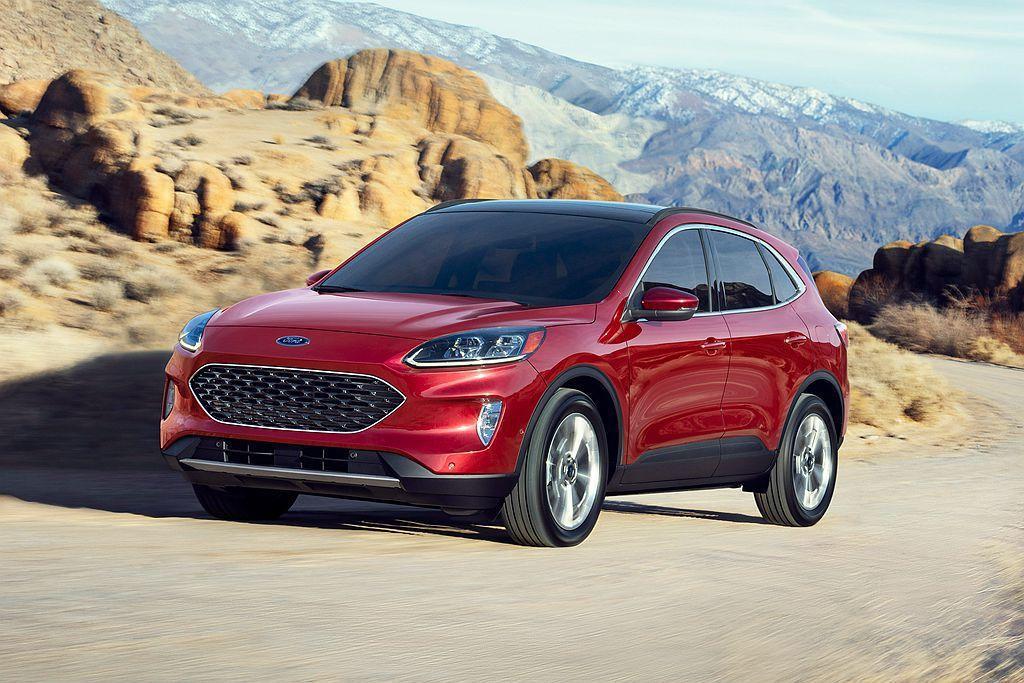 全新Ford Escape換裝Ford C2模組化底盤平台,不僅減輕重量也能適應...