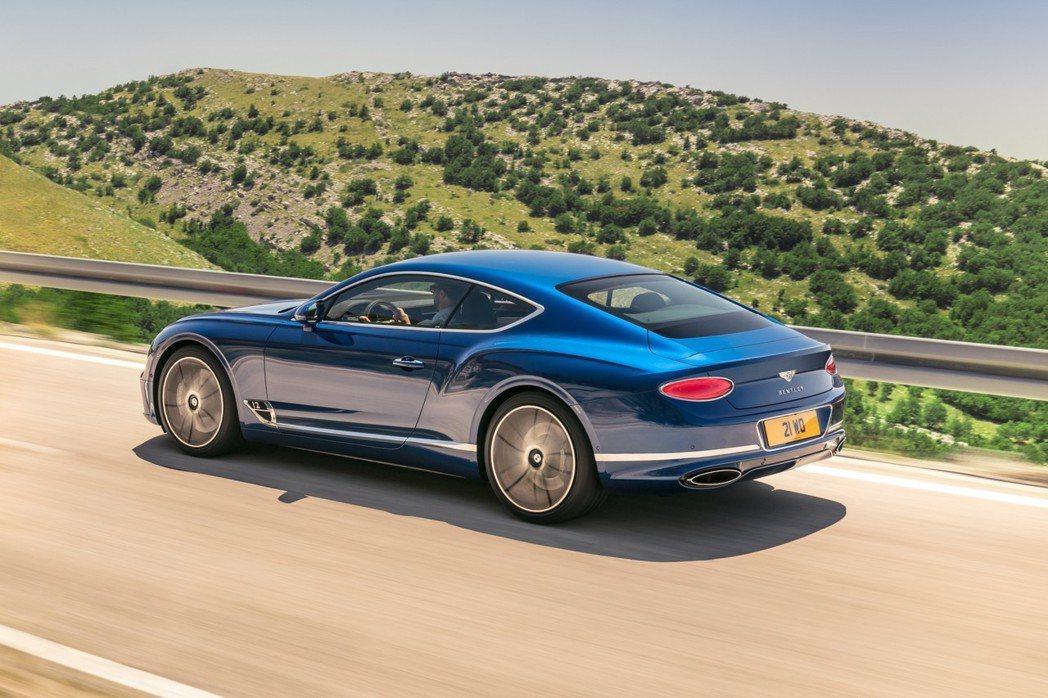 Bentley Continental GT。 摘自Bentley