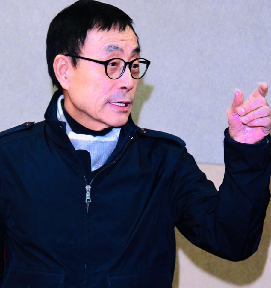 支持韓國瑜的劉家昌力批郭台銘。圖/摘自臉書