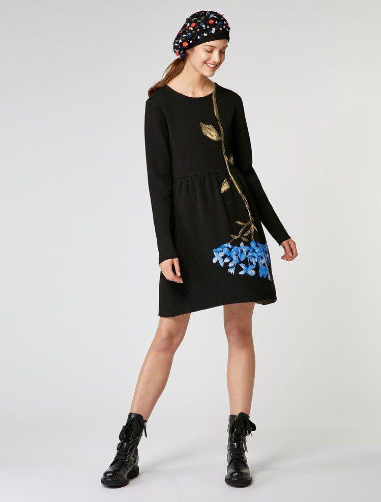 MAX&Co.緹花針織洋裝,售價16,800元。圖/MAX&Co.提供