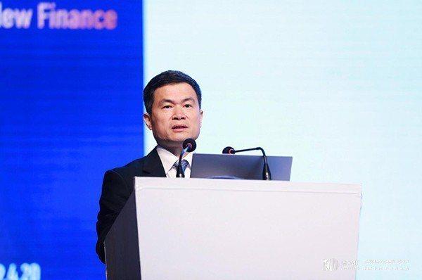 中國證監會副主席方星海指出,中國未來要長期出現大量順差已不可能,投資增長將更多倚...